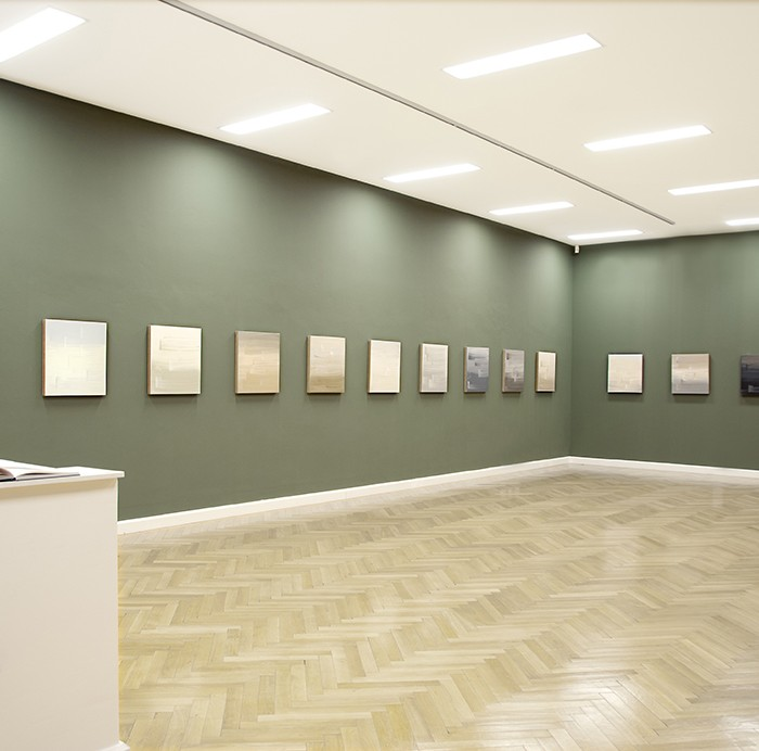 Ulrike Stubenboeck, Shades of Hammershøi, Tiroler Landesmuseum Ferdinandeum, Innsbruck, 2010.